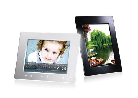 Цифровые рамки Transcend PF810W и PF810B