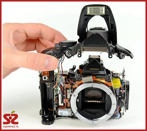 Разобранный Nikon D5100