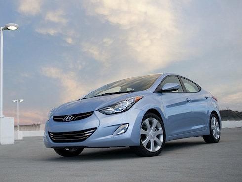 Hyundai работает над удлиненной версией Elantra