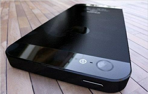 Продажи iPhone 5 начнутся в августе