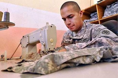 Одежда для армии США будет пошита роботами