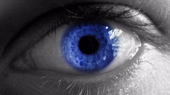 Исследования показали, что склонность к алкоголизму зависит от цвета глаз