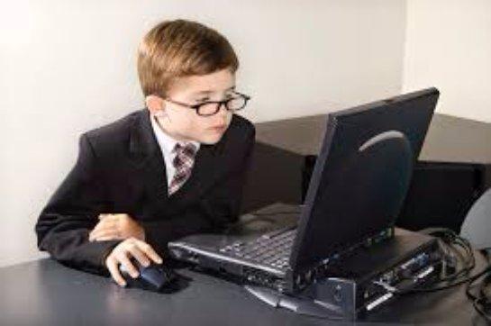 Как выбрать ноутбук для школьника