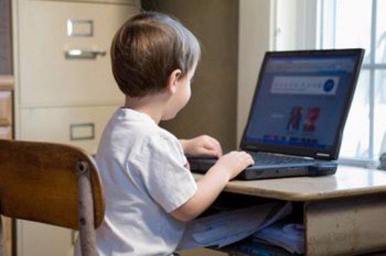 Жители Дальнего Востока активно следят за своими детьми в социальных сетях