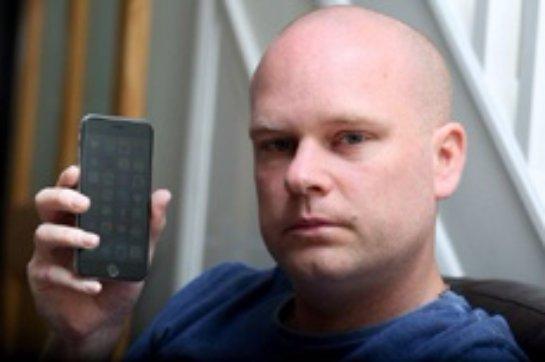 У 37-летнего британца началась аллергия  на iPhone 6