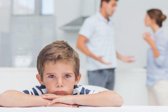 Как правильно подавать исковое заявление, чтобы лишить  отца ребенка родительских прав