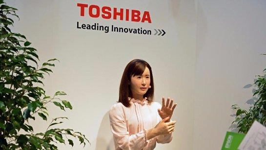 Toshiba создала робота, знающего язык жестов