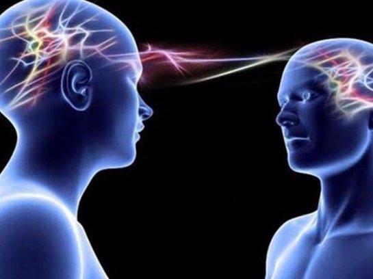 Ученые научились передавать мысли через  интернет