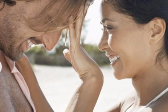 Исследователи выяснили, почему женщины предпочитают мужчин с чувством юмора