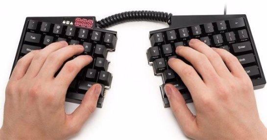 Создана необычная клавиатура из двух половинок