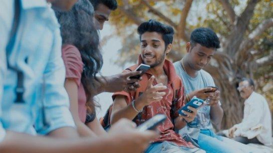 В Индии собираются выпустить дешевый, но очень «умный» смартфон