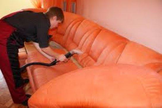 Уход и химчистка мягкой кожаной мебели