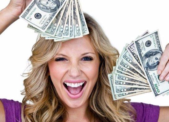Ученые пришли к выводу, что счастливые люди больше зарабатывают