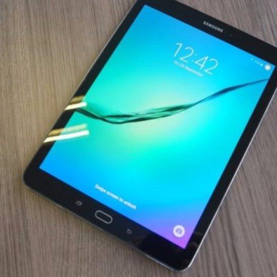 Samsung готовит к выпуску новый планшет