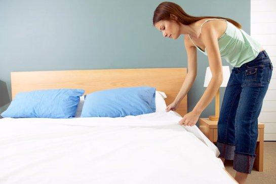 Ученые считают, что застилать постель- вредно