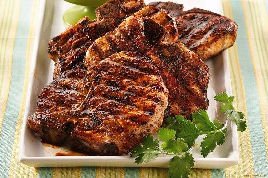 В будущем человечество будет употреблять искусственное мясо