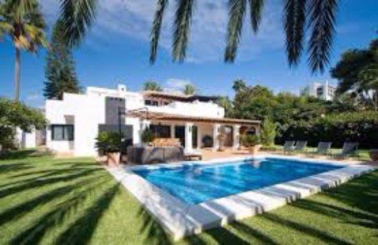 Порядок регистрации недвижимости в Андорре и Испании