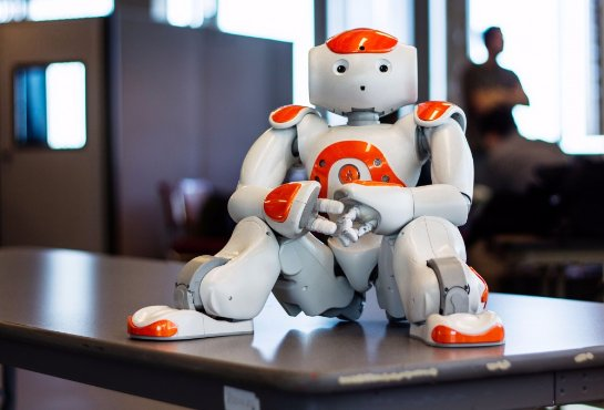 Роботы научились отказываться от выполнения приказов человека