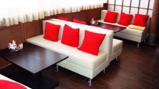Обставляем кафе мебелью