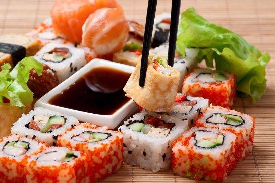 Суши опасны для женского организма