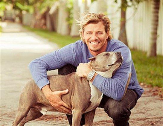 Мужчины с собаками больше нравятся женщинам