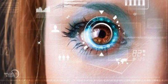 Ученые придумали контактные линзы с обширным полем видения