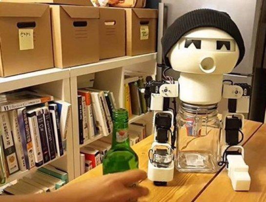 Корейские изобретатели придумали робота-собутыльника