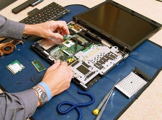 Не стоит ремонтировать самому ноутбук