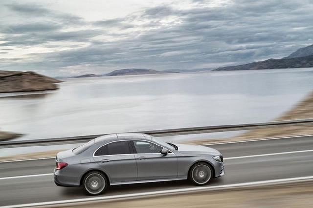Mercedes E-класса 2016: первые фото и подробности
