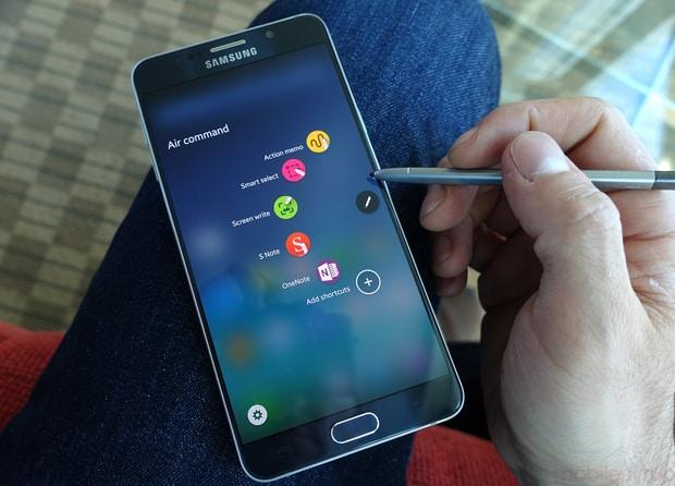 Samsung устранил проблему с застряванием пера в Galaxy Note 5