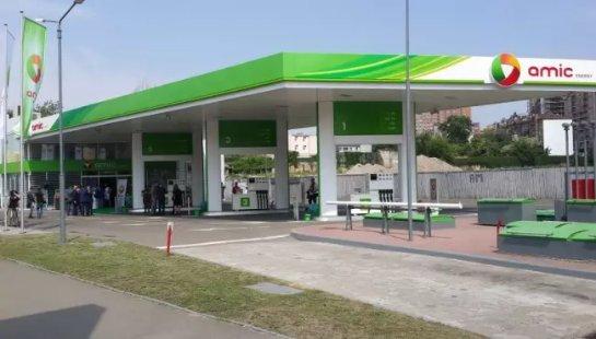 По всей Украине на АЗС берут пробы на качество бензина