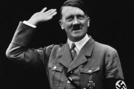 Немецкая пенсионерка шокировала родных, произнеся тост за Гитлера