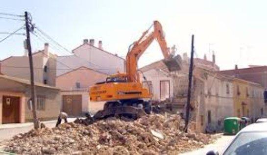 Демонтаж строений: этапы и виды работ