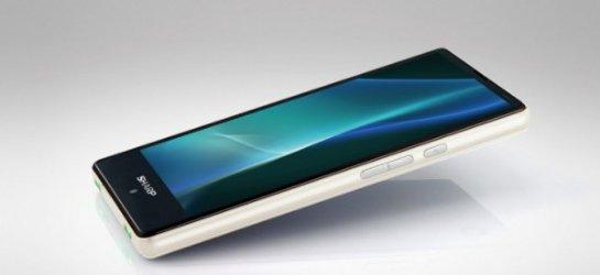 Sharp представила 4,7-дюймовый смартфон, который не боится влаги