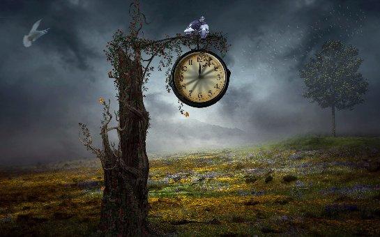 Ученые узнали, почему сгодами время для людей идет скорее