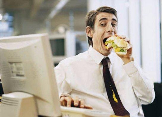 Офисные сотрудники слишком мало и быстро едят