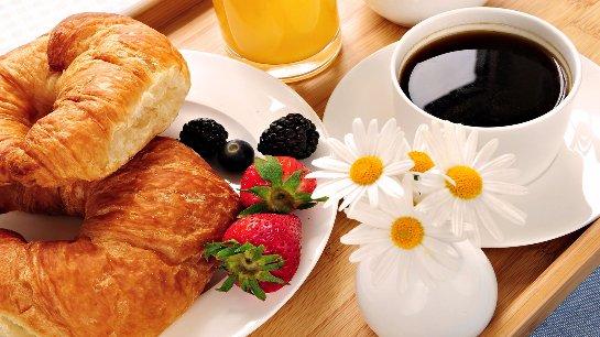 Ученые выяснили, когда лучше всего завтракать