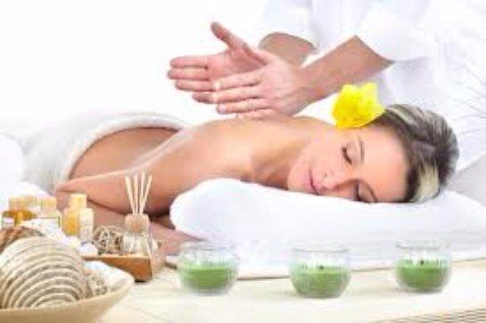 Расслабляющий массаж: список салонов