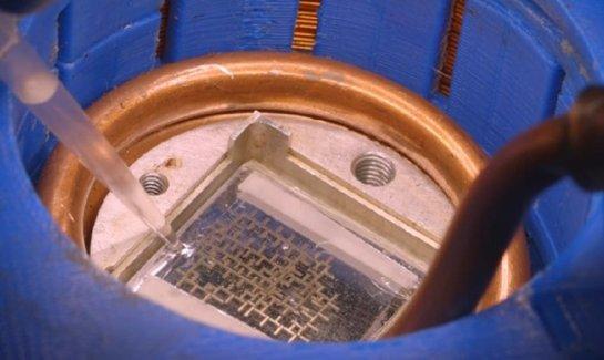 Ученые создали компьютер, для работы которого нужна лишь вода