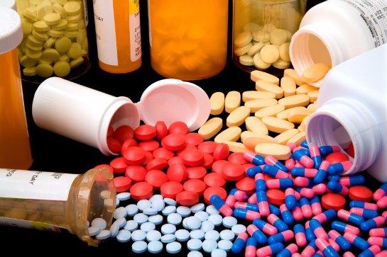 Россия выпустит 40 новых лекарств