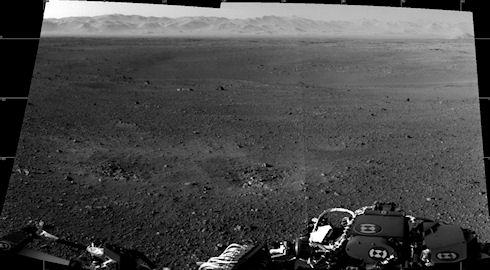 Первый снимок Марса с марсохода Curiosity