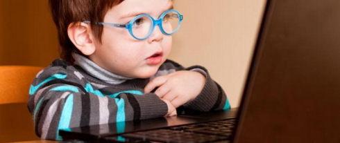 Мужчина хотел продать ребенка на онлайн-аукционе