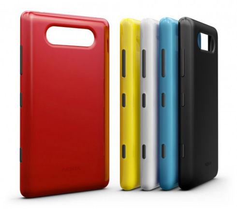 Nokia Lumia 820 – младший брат с большими амбициями