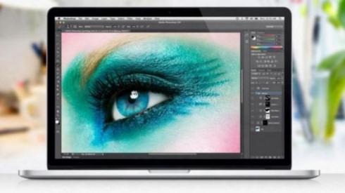 Apple незаконно использовала глаз швейцарки в своей рекламе
