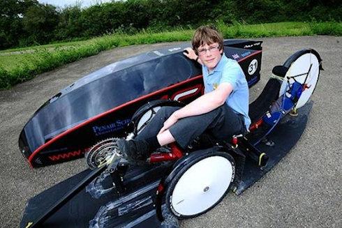 Подросток победил в гонке среди экологически чистых транспортных средств