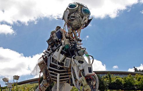 Ученые оценят опасность, исходящую от роботов