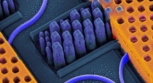 Нанофотонные чипы с терабайтными скоростями обработки данных