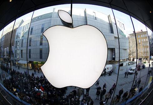 iPhone тянет Apple на дно