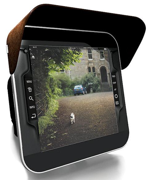 Эргономичная зеркальная камера с большим дисплеем