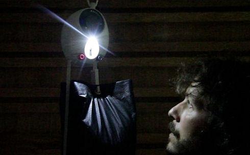 GravityLight использует для освещения силу земного притяжения